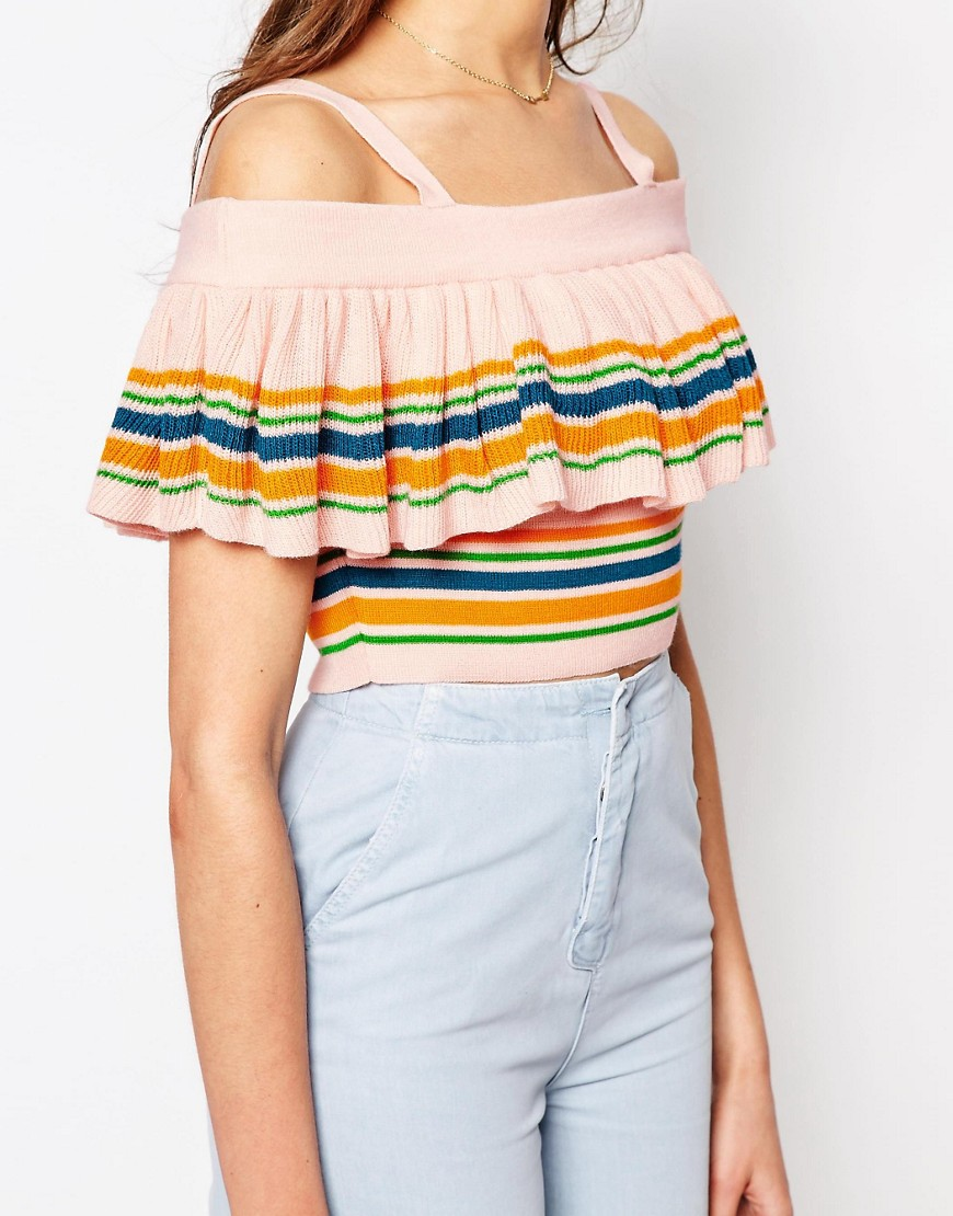 off-shoulder crop